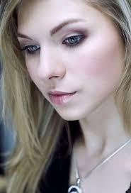 Modelka: Aleksandra Kierzek. Fotografia stanowi własność autora. Kopiowanie i rozpowszechnianie fotografii bez jego zgody jest zabronione. - 1380_afavgjv7t5