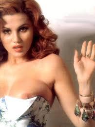 serena-grandi-1. Nel 1985 l'incontro con il regista Tinto Brass, che la sceglie come protagonista del film Miranda, ... - serena-grandi-1