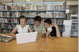 Students using Podcasts