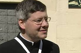 """Stefan Koller, Pfarrer von Korneuburg (Bild: ORF NÖ) Pfarrer Stefan Koller: """"Ich werde das Gespräch mit den Anrainern suchen."""" - pfarrer_l_big"""