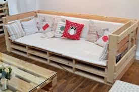 big pallet couch and table buy wooden pallet furniture