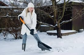 Картинки по запросу fiskars снежные лопаты