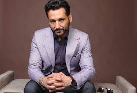 '<b>The Expanse</b>' Star Cas Anvar Investigated Over Sexual Misconduct ...