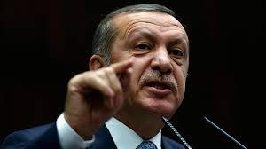 In der Defensive: Der türkische Ministerpräsident Recep Erdogan setzt sich ...