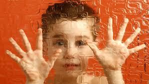 10 أشياء يجب على كل مدرس أن يعلمها حول طفل مصاب بالتوحد