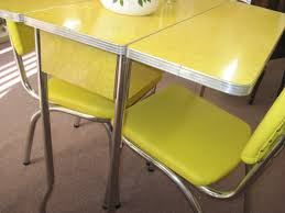 1950s Dining Room Furniture 1000 Ideas About Retro Kitchen Tables On Pinterest Formica Table
