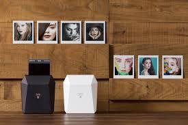 Мини-<b>принтер Fujifilm Instax Share</b> SP-3 SQ печатает квадратные ...