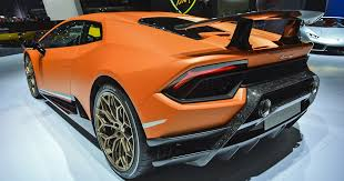 Inside the Lamborghini lab that's reinventing <b>carbon fiber</b> | Digital ...