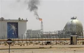 عدن - الجيش اليمني يُسلم حقول مسيلة النفطية لقبائل محلية