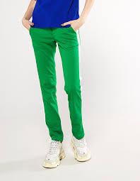 <b>Зеленые штаны</b> с белыми лампасами