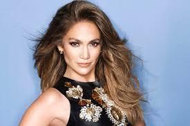 Jennifer Lopez  - 2018 Dyed hair & beachy hair style.