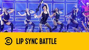 "Tom Holland Performs Rihanna's ""<b>Umbrella</b>"" | Lip Sync Battle ..."