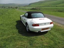 bmw z3 provides a neat compact 2 seat experience bmw z3 set 2 seats