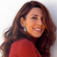 Teresa Guzmán Ruiz, nacida en Sevilla en 1975, es Licenciada en Bellas Artes por la Universidad de Sevilla y Diplomada en Ciencias de la Educación por la ... - Teresa-Guzman