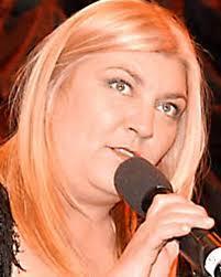 """Susanne Ytterskog, vd för Connoisseur. Foto: Resumé. """"Omsättningen har ökat liksom antal läsare och bolaget ser en positiv utveckling inför 2012."""" - Connoisseurfest"""