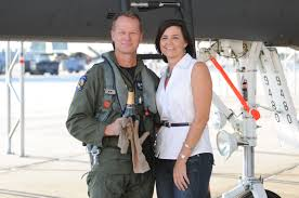 photos mark kelly 4th fighter wing commander poses his wife tanya after