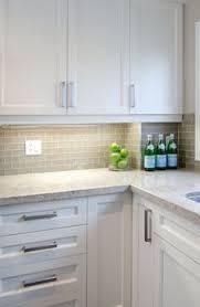 polyurethane handless kitchen laminated finegrain feature