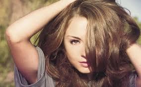 <b>Пенка для укладки волос</b>: как правильно пользоваться