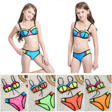 <b>Bikini Girls</b> Swimming <b>Sexy</b> Online