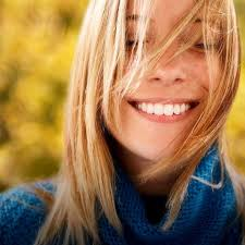 Голливудская улыбка: <b>отбеливающие полоски</b> Crest 3d White ...