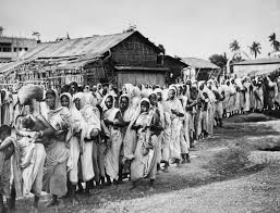 so many hungers south magazine issue documenta  sunil janah women queuing for rice during the bengal famine lake market calcutta 1943