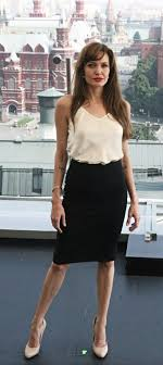 Angelina Jolie. Love her <b>style</b>!~ so Simple, <b>Classic</b> and Chic ...