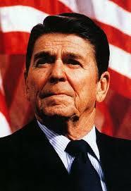 Ronald Reagan (1911-2004). Dziś przypada 100. rocznica urodzin wielkiego męża stanu, niezłomnego patrioty i antykomunisty, amerykańskiego prezydenta Ronalda ... - blog_hs_3783171_4799530_tr_ronald_reagan-2