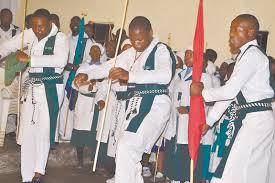 ugcotshwe ngesizotha umholi omusha wama trinity northern kzn courier amalunga ebandla i trinity light church emseni abonakala egwaba enkonzweni yomlindelo ngomqgibelo ekuvukeni emva