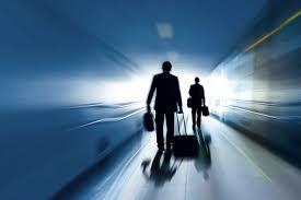 Resultado de imagem para imagem executivo viajando