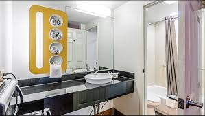 motel 6 martinsburg wv hotel in martinsburg wv 49 motel6 com motel6 martinsburg wv bathroom image