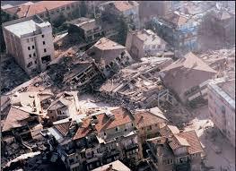 Los terremotos más fuertes del mundo. Images?q=tbn:ANd9GcQIbqEsH0NEWGpezPiaXajqo3oLYhBBQl4IAhVoiuAfb3SSahJ8