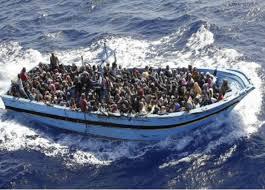 """Résultat de recherche d'images pour """"bateaux migrants"""""""