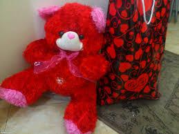صور هدايا عيد الحب 2019 اجمل واحلى صور هدايا شبابية لعيد الفلانتين Valentine's Day 2020 images?q=tbn:ANd9GcQJYI2ph7DhgOO0YRVNiwPi7nkxCoDJqDrFErXcFx9fVI-m2h0kWw