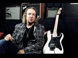 mini guitarra Jackson Adrian Smith