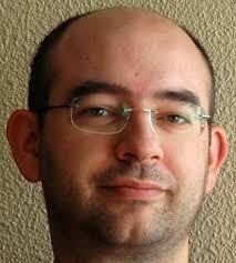 Pedro González Calero, moderador del ciclo y Catedrático de la Universidad Complutense de Madrid (UCM), será el encargado de presentar a Javier Arévalo ... - JAVIER-AREVALO