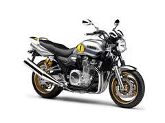 <b>Yamaha XJR 1300</b> 2010 Motorcycle Photos and Specs