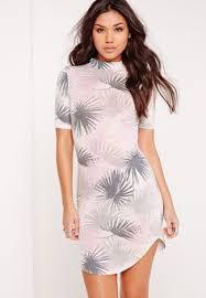 Missguided - <b>Curve</b> Hem Leaf Print Bodycon Dress Grey (с ...
