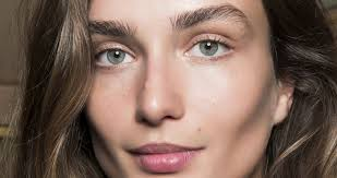 brow makeup brush