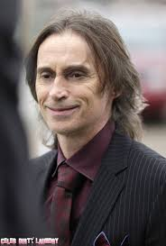 Robert Carlyle: 'Once Upon A Time' season 2 promo - RobertCarlyle_OUATset