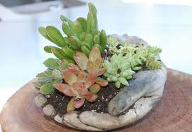 Learn How to Make These Concrete <b>Garden Hands</b> - <b>Garden</b> Lovers ...