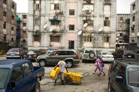life in lagos in search of the african middle class proof the middle class neighborhood of dolphin high rise estate ikoyi lagos ia