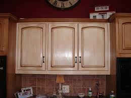 Kitchen Cabinet Painting Painting Kitchen Cabinets Distressed White Monsterlune