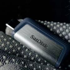 Универсальная <b>флешка SanDisk</b> с <b>USB</b>-C и <b>USB</b>-A