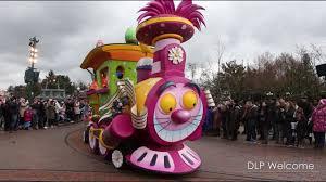 <b>Minnie's</b> Little Spring Train 2016 - <b>Disneyland</b> Paris - YouTube