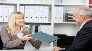 expert advice tips for writing a standout cover letter nerdwallet it s practically unheard of nowadays to apply for a job or an internship out submitting a cover letter companies are flooded resumes