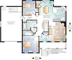 House plan W  V detail from DrummondHousePlans com    st level Affordable Small Country house plan  great floor plan layout  to