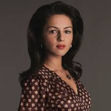 Annet Mahendru Nina - The_Americans_Annet-300x300