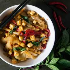 thailand tastespotting spicy drunken noodles a chinese inspired dish from thailand and this recipe