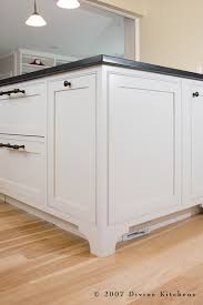 area divine kitchen white kitchen island traditional kitchen white kitchen island