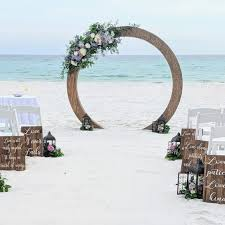 Stunning <b>Wedding Arches</b> & Backdrops - Wedding venue directory